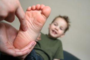 جراحی صافی کف پای کودکان