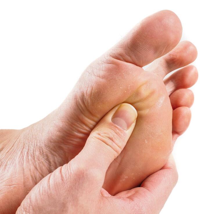 مهمترین علل احساس درد در زیر انگشتان پا
